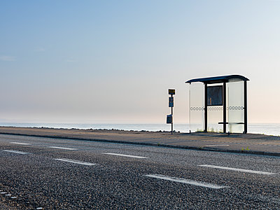 Bus stop - p312m1228852 by Stefan Isaksson