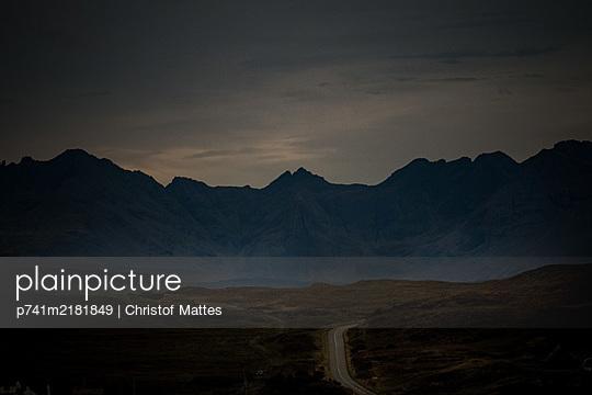 p741m2181849 by Christof Mattes