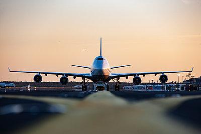 Flughafen - p713m2099148 von Florian Kresse
