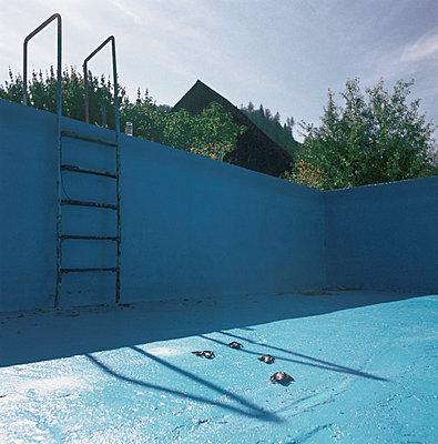 Swim ladder - p1205m1117598 by Florian Rainer
