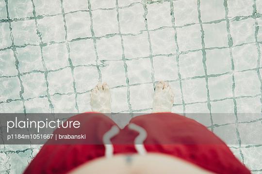 Feet in water - p1184m1051667 by brabanski