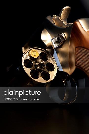 Russisches Roulette - p3300519 von Harald Braun