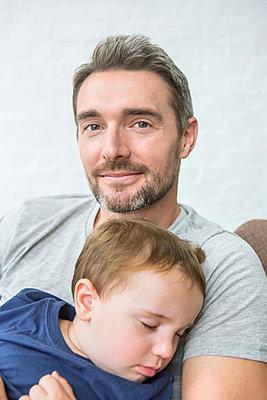 Vater und Sohn - p1156m1585839 von miep