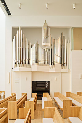 Organ in newly built church - p1119m1424343 by O. Mahlstedt