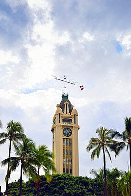 Aloha Tower, Honolulu, Hawaii - p1196m1128160 von Biederbick & Rumpf
