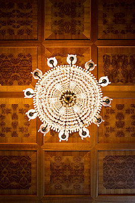 Chandelier - p954m800574 by Heidi Mayer