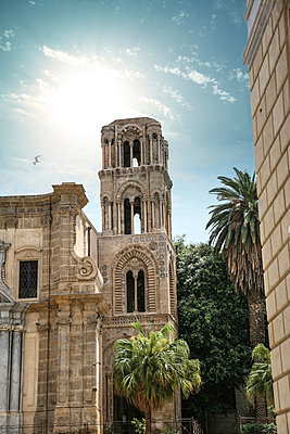 Palermo - p1038m1065605 by BlueHouseProject