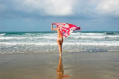 Am Meer in Griechenland - p5770012 von Mihaela Ninic