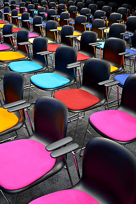 Row of chairs - p876m1423569 by ganguin