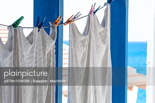 Wäscheleine - p979m1036056 von Baeppler, Mechthild