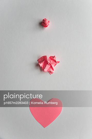 Unfolds - p1657m2283403 by Kornelia Rumberg