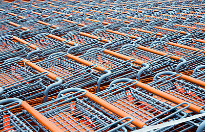 Stacked Shopping Carts Outside Of A Store - p442m935947 by Benjamin Rondel