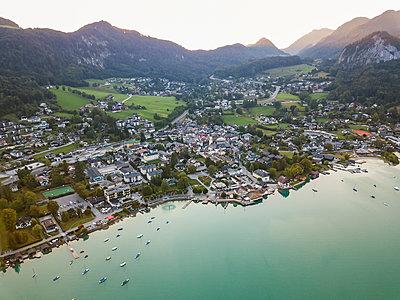 Austria, Salzburg State, Sankt Gilgen at Wolfgangsee - p300m2070050 by JLPfeifer