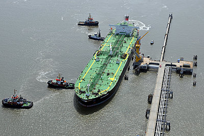 Tanker ship - p148m2044631 by Axel Biewer