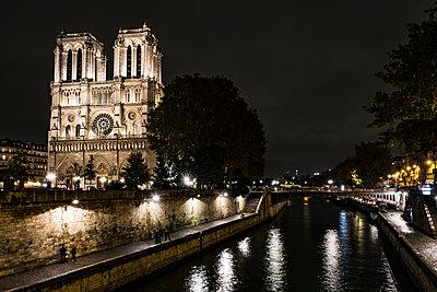 Kathedrale Notre-Dame de Paris - p1243m1515693 von Archer