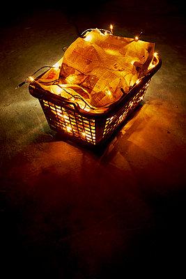 Wicker basket - p676m1104533 by Rupert Warren