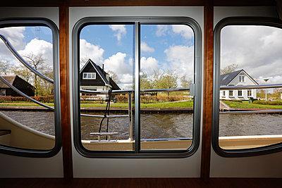 Niederlande, Ossenzijl - p930m1332942 von Phillip Gätz