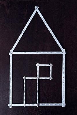 Housebuilding - p1149m2126940 by Yvonne Röder