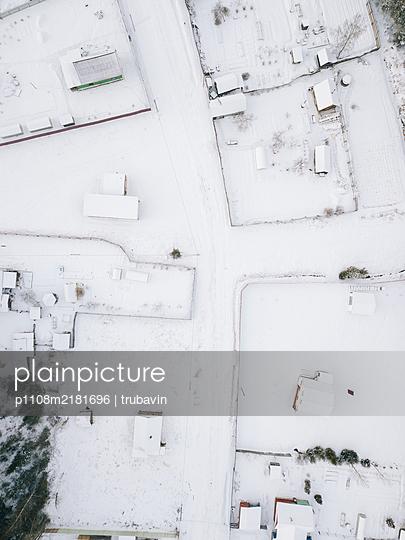 Russia, Village in winter - p1108m2181696 by trubavin
