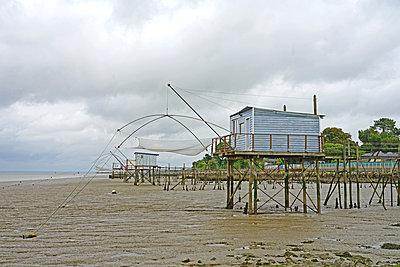 Fischerhütten an der Loiremündung - p162m2149964 von Beate Bussenius