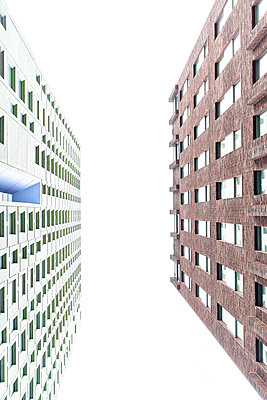 Two high rises worm's eye view - p587m1155091 by Spitta + Hellwig
