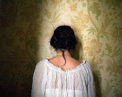 Desperation - p945m2125799 by aurelia frey