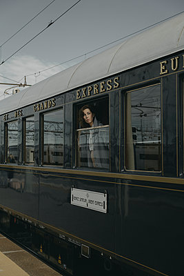 Orient Express Venice to Paris  - p600m2073021 by Laura Stevens