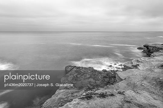Sunset Cliffs Natural Park, California coast - p1436m2020737 von Joseph S. Giacalone