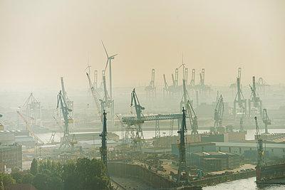 Containerhafen Hamburg II - p1493m1584672 von Alexander Mertsch