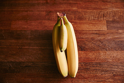 Bunch of two large and one small bananas - p300m2013008 by Rainer Holz