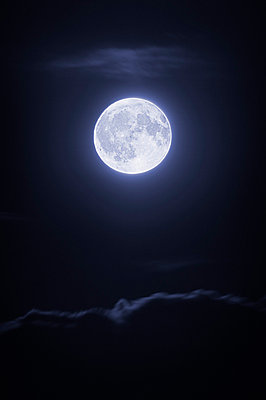 Full moon with clouds at night - p4424483f by Design Pics