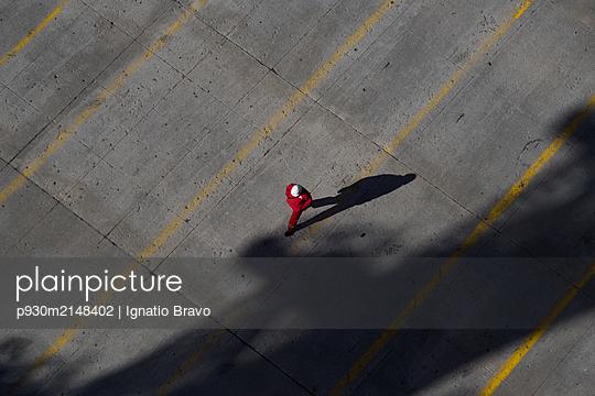 Worker - p930m2148402 by Ignatio Bravo