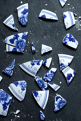 Shards - p450m2221848 by Hanka Steidle