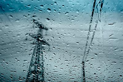 Schlechtes Wetter - p567m1469203 von Ernesto Timor
