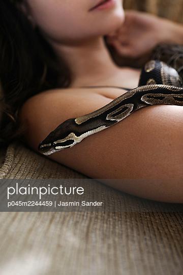 p045m2244459 by Jasmin Sander