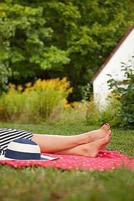 In the garden - p454m739685 by Lubitz + Dorner