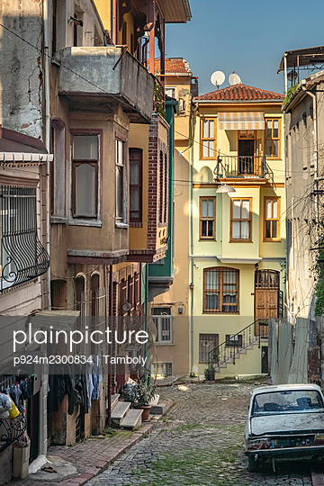 Turkey, Istanbul, Narrow alley and houses in Balat district - p924m2300834 by Tamboly