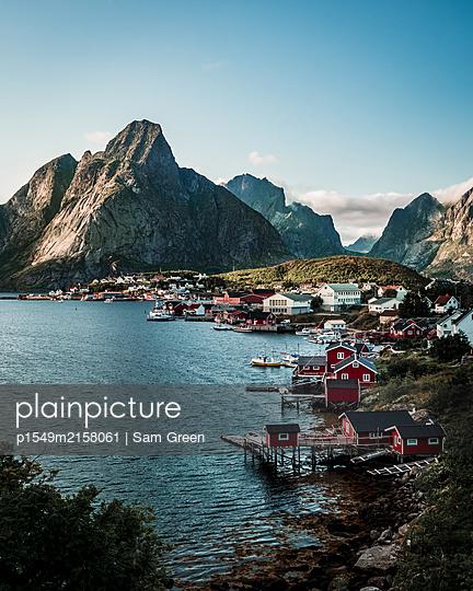 Norway, The village Reine - p1549m2158061 by Sam Green