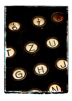 Alte Schreibmaschine - p4510959 von Anja Weber-Decker