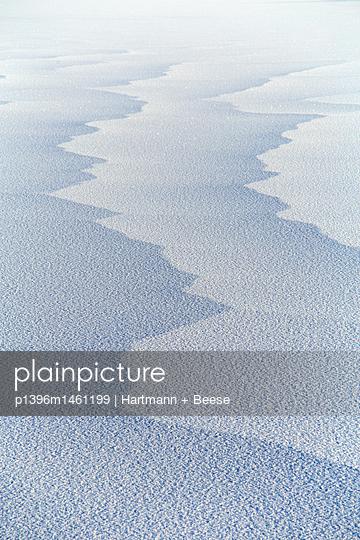 Eisstruktur auf See - p1396m1461199 von Hartmann + Beese