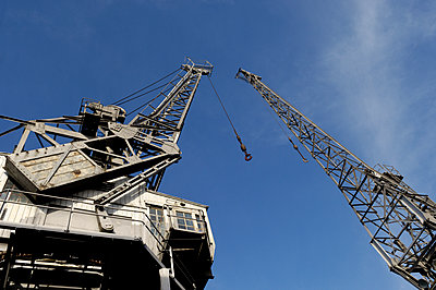 Historic cranes - p1048m1069134 by Mark Wagner