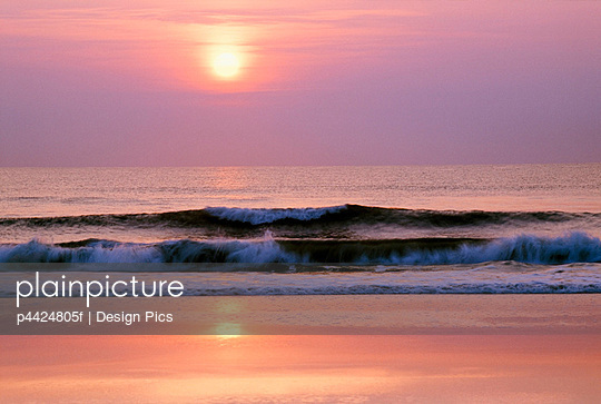 Sunrise over the Atlantic Ocean, Florida, USA - p4424805f by Design Pics