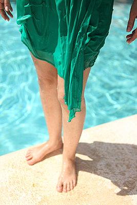 Wet legs - p045m925835 by Jasmin Sander