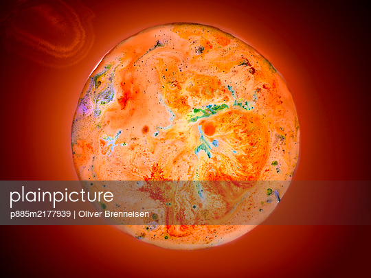 Mars made from vegetable powder and spices - p885m2177939 by Oliver Brenneisen