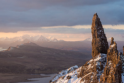 Old Man of Storr, rock formation, Scotland - p1652m2230701 by Callum Ollason