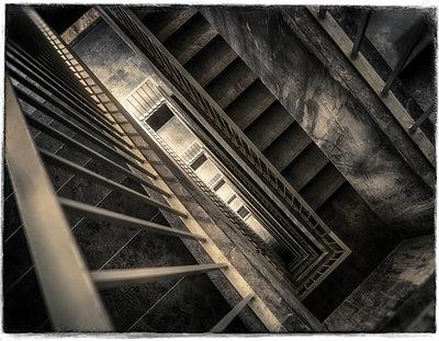 Treppenhaus - p1154m1193260 von Tom Hogan