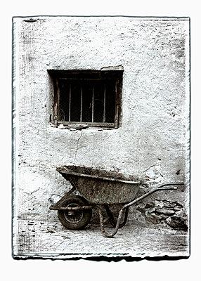 Gridbars - p9790354 by Weber-Decker