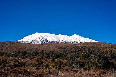 Mount Ruapehu - p1369m2126229 by Chris Hooton