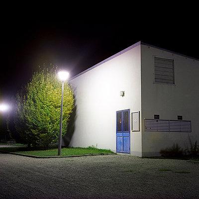 Unheimlicher Ort - p9110518 von Benjamin Roulet