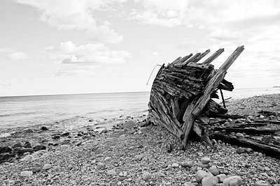 Old wreck - p9070005 by Anna Fritsch